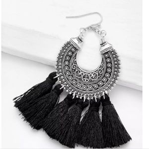 *NEW* TASSEL BOHO DANGLE EARRINGS